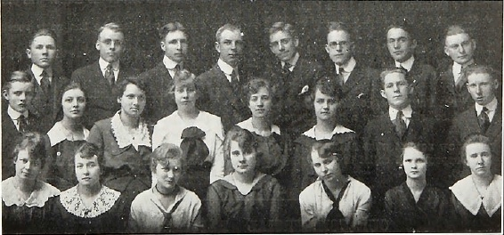 Photo of the Bethel Academy Commercial Class of 1918