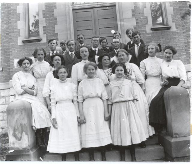 Calvin College students in 1918
