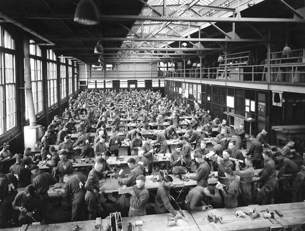 Airplane propellor mechanics workshop at the Univ. of Minnesota during WWII