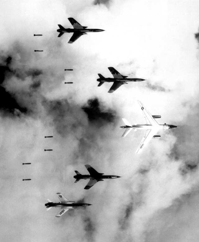 Operation Rolling Thunder - Wikimedia Commons