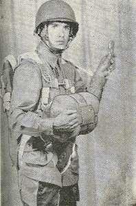 1943 image of Lt. Del Kuehl (JC '39)