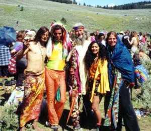 Hippies - vietnamartwork.com
