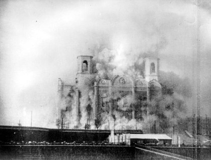 Demolition of the Cathedral of Christ the Saviour, Moscow, 1931 - Wikimedia Commons
