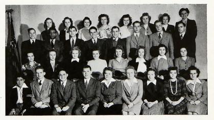 Freshman class photo in 1944 Bethel yearbook