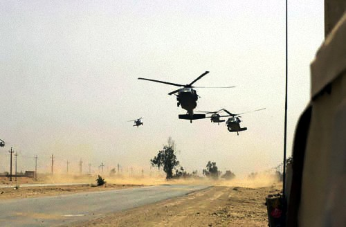 101st_Airborne_Division_helos_during_Operation_Iraqi_Freedom