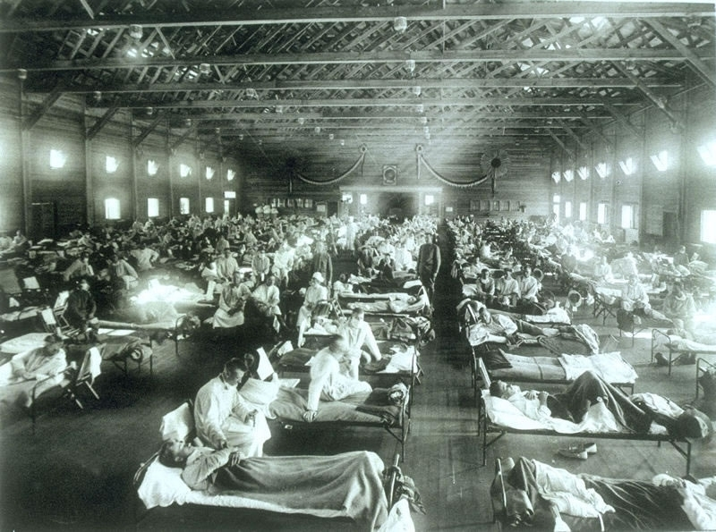 Fort Riley soldiers with influenza in 1918