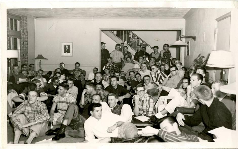 Boys In Dorm Room Sawlloing Nut