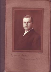 A middle-aged G. Arvid Hagstrom